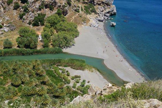 Pilot Beach Resort: Вид сверху на Ливийское море