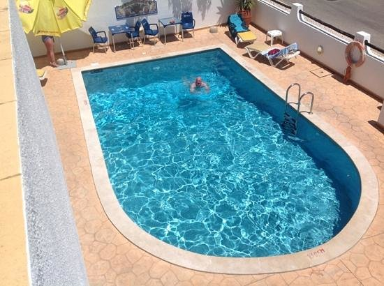 Agua Marinha : small but lovely pool.