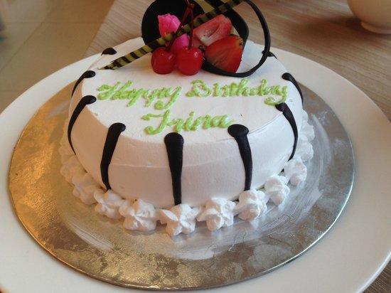 TTC Hotel Premium - Michelia : Этим тортиком в ресторане меня поздравили и спели песню.