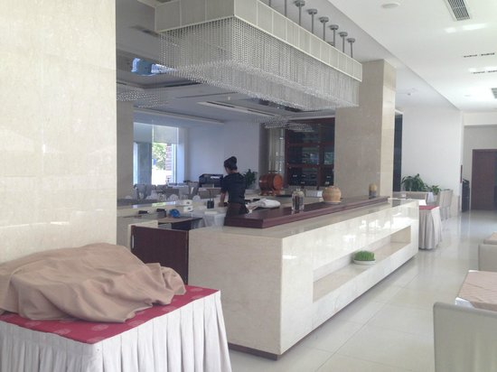 TTC Hotel Premium - Michelia : В ресторане место для фруктов и др. еды