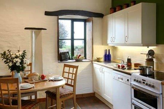 Cwm Connell Coastal Cottages: Yr Ydlan Sleeps 4