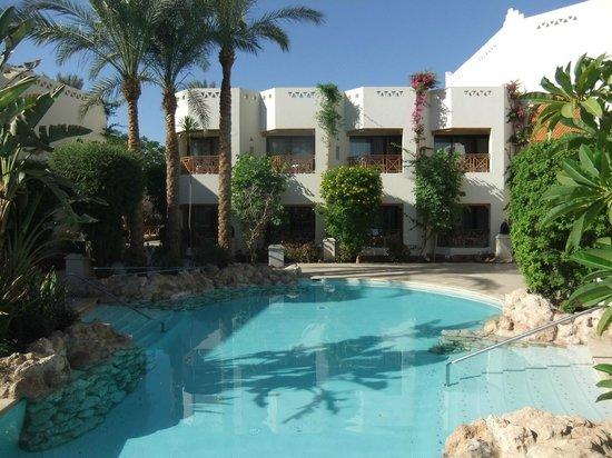 Ghazala Gardens Hotel: more lagoon