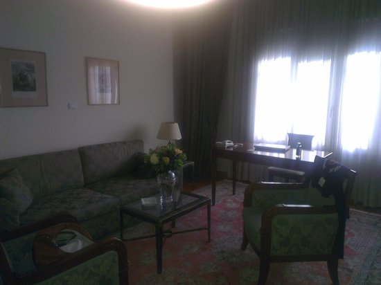 The Bristol Hotel: Room