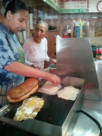 Ha Sandwichim shel Bracha/Bracha's Sandwichs