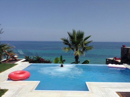 Tragaki, Grecia: Infinity pool and Ocean