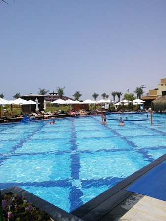 Rixos Bab Al Bahr: The pool