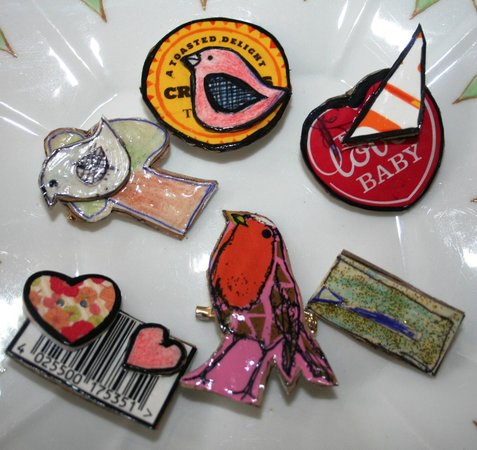 Hard-Craft: Making recycled badges
