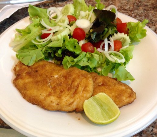 nikky house: Pan fried chicken with salad