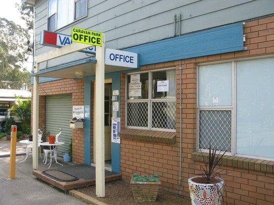 Bellhaven Caravan Park: Office