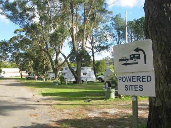 Bellhaven Caravan Park: RV & Powered Sites