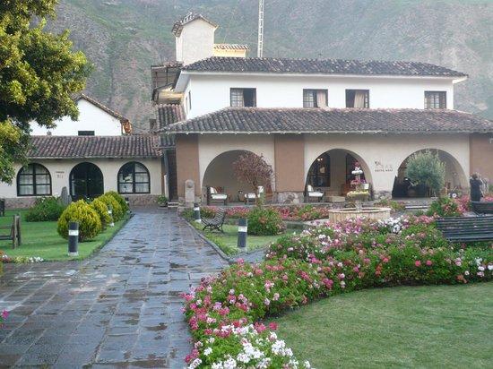 Sonesta Posadas del Inca Yucay: Hacia la recepción