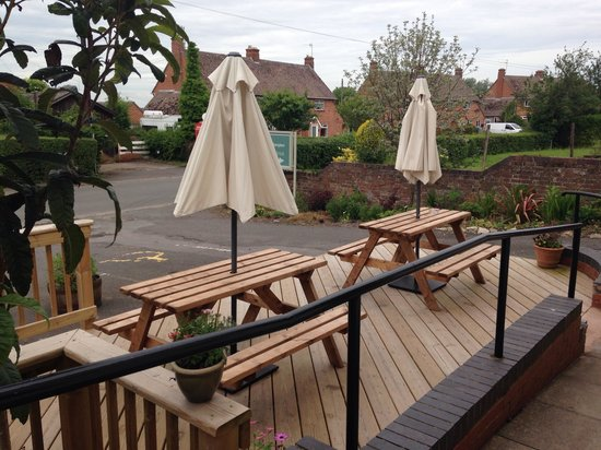 The Dolphin Inn: The front outside decking seating area