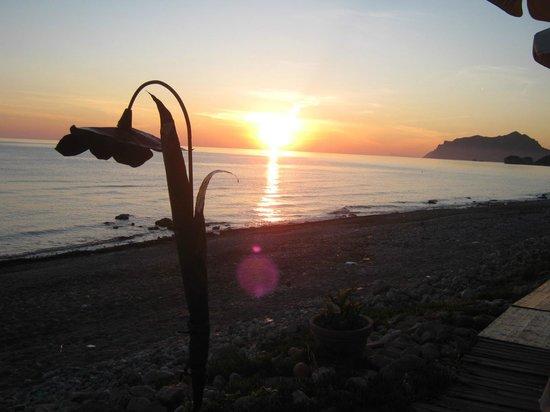 AloBar : Best sunset ever