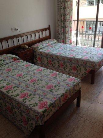 Hotel Moreyo: Pool
