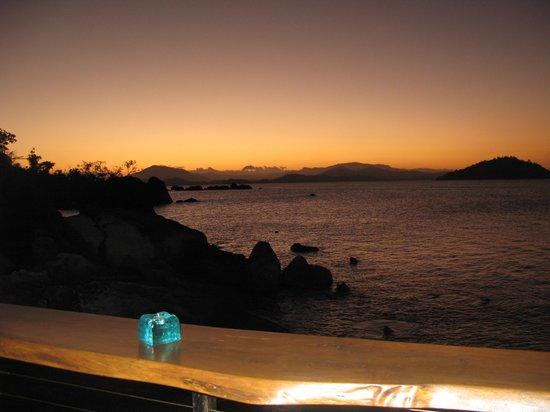 East Bedarra Island Retreat: Sunset from the deck