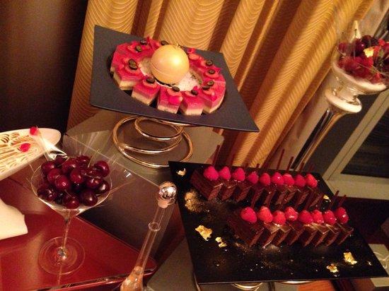 The Ritz-Carlton, Tokyo : Party night