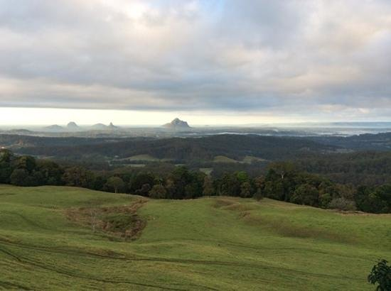 Tranquil Park Mountain Resort: the view from my room over the Glasshouse Mountains.