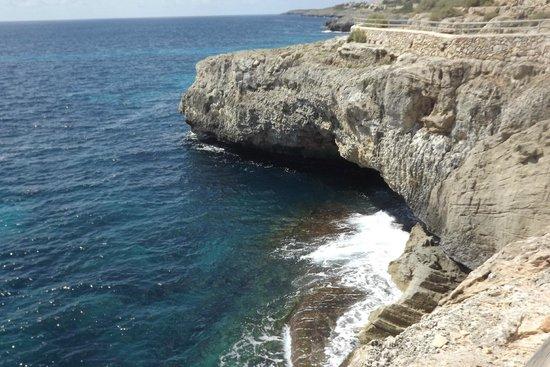 Complejo Calas de Mallorca : path from hotel to beach