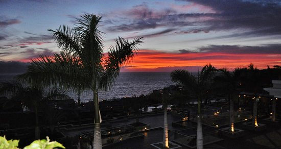 Be Live Family Costa los Gigantes : Sunset view from restaurant in hotel