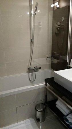 Hipark Nice: salle de bains