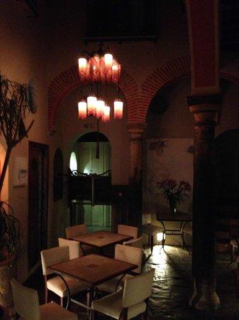 Posada La sacristia, Patio con ristorante, Tarifa