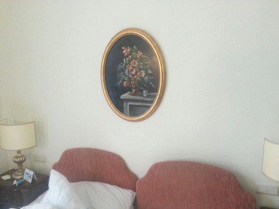Hotel Regina: room art