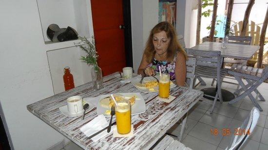 Barahona 446 : Desayuno