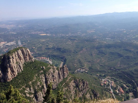Barcelona Turisme - Afternoon in Montserrat Tour : Beautiful views