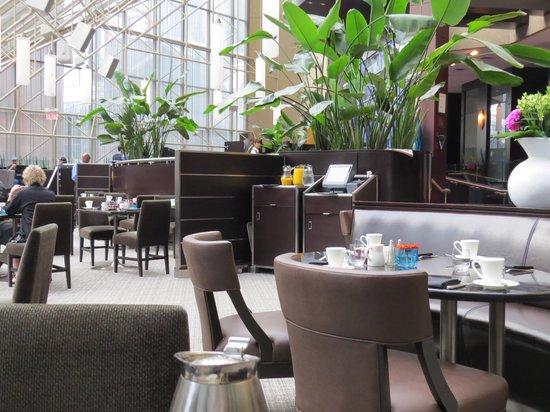 InterContinental Toronto Centre: Azure restaurant