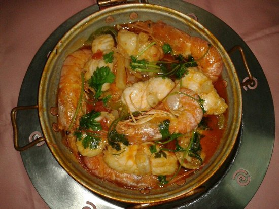 Restaurante Carteia: Traditional portuguese food: Cataplana de Tamboril