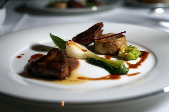 The Westin Osaka : 洋食レストランより温かい前菜