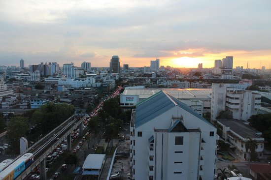 Siam@Siam Design Hotel Bangkok: The view from our room at sunset