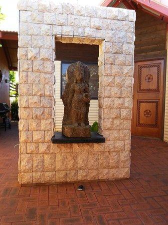 Bali Hai Resort & Spa: front door