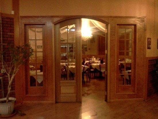 Albella Italian Restaurant Dining Room
