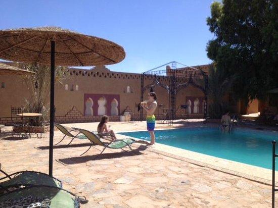Les Portes du Desert : Het zwembad