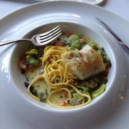 Bellevue : Спагетти с рыбой