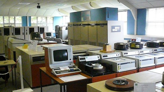 The National Museum of Computing: 1980s I.C.L. 2966 Mainframe