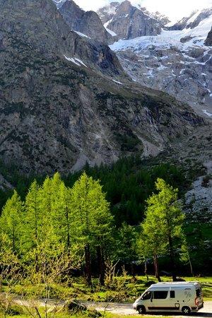 Val Ferret: Alla partenza per il rif. Bonatti