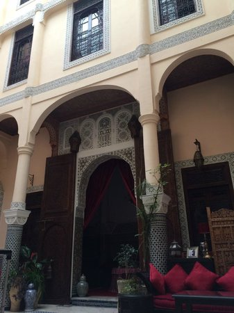 Riad Ibn Battouta: Patio Central