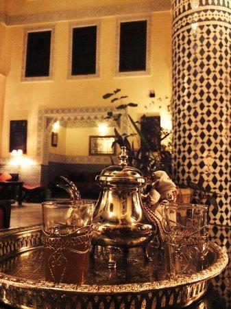 Riad Ibn Battouta : Té en el Patio Central