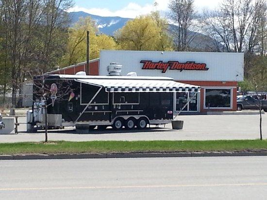 Smokey Bro's BBQ & Grill: at the Harley Dealer