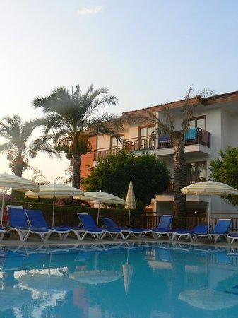 Eftalia Holiday Village: basen dla dorosłych