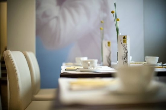 Hotel Das Tigra: Breakfast Room