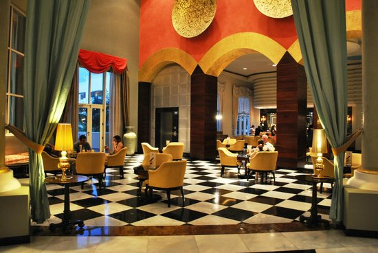 Iberostar Grand Hotel Rose Hall: Lobby bar