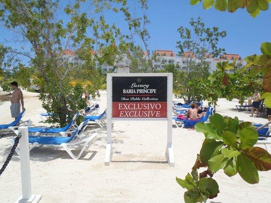 Luxury Bahia Principe Runaway Bay Don Pablo Collection : Plage section privé Don Pablo