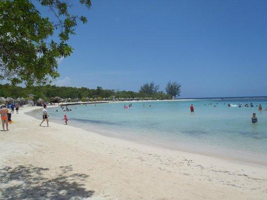 Luxury Bahia Principe Runaway Bay Don Pablo Collection : Plage