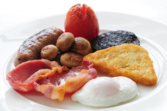 Cedar Manor Hotel and Restaurant : Cumbrian Breakfast at Cedar Manor
