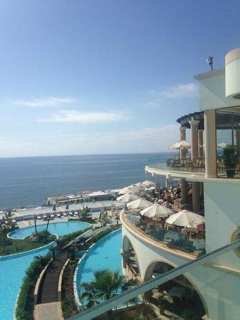 Atrium Prestige Thalasso Spa Resort and Villas : отрытая веранда основного ресторана