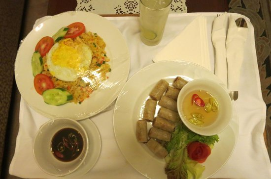 Du Parc Hotel Dalat: room service good also.