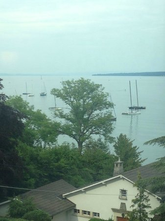 Lake Geneva Hotel : View from window
